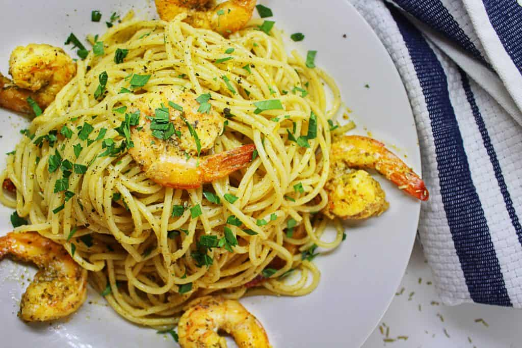 shrimp with garlic and mediterranean herbs spices pasta
