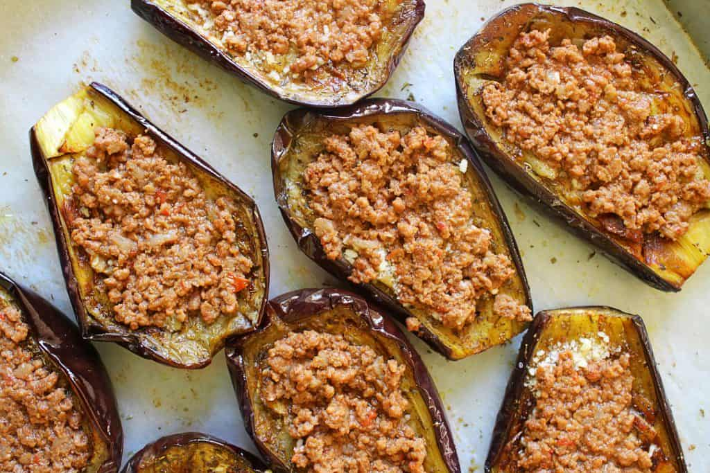 Greek Baked Stuffed Eggplant papoutsakia 5 www.30daysofgreekfood.com #bakedeggplant #stuffedeggplant