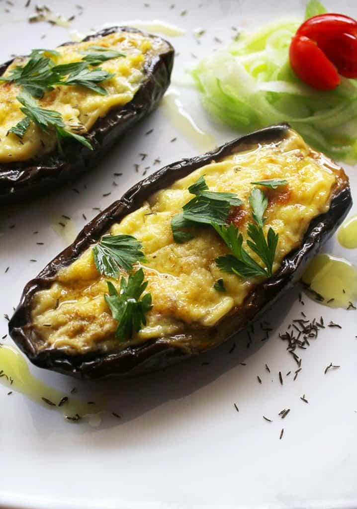 Greek Baked Stuffed Eggplant papoutsakia 9 www.30daysofgreekfood.com #bakedeggplant #stuffedeggplant